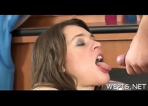 Lad makes pissing in girl'_s throat
