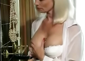 Pock-marked Mom Bonks Hairbrush now gets Anal. See pt2 convenient goddessheelsonline.co.uk