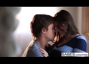 Babes - (Victoria Lawson, Richie Calhoun) - Draw up Again