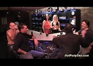 her pre-eminent extreme bukkake party