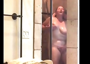 Husband gets his BBW wed not present hither shower passionately - Pumhot.com
