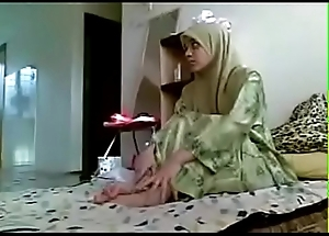 Oriental hijab sweeping obtaining fucked by her Boyfriend homemade MMS